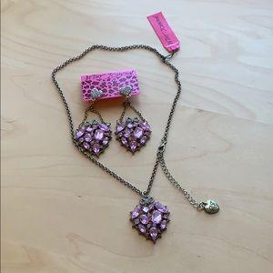 Betsy Johnson pink heart shape jewelry